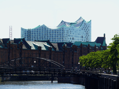 Warehouse District and Elbphilharmonic Hall